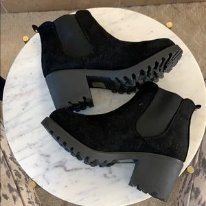 Krush Chunky Suede Boot